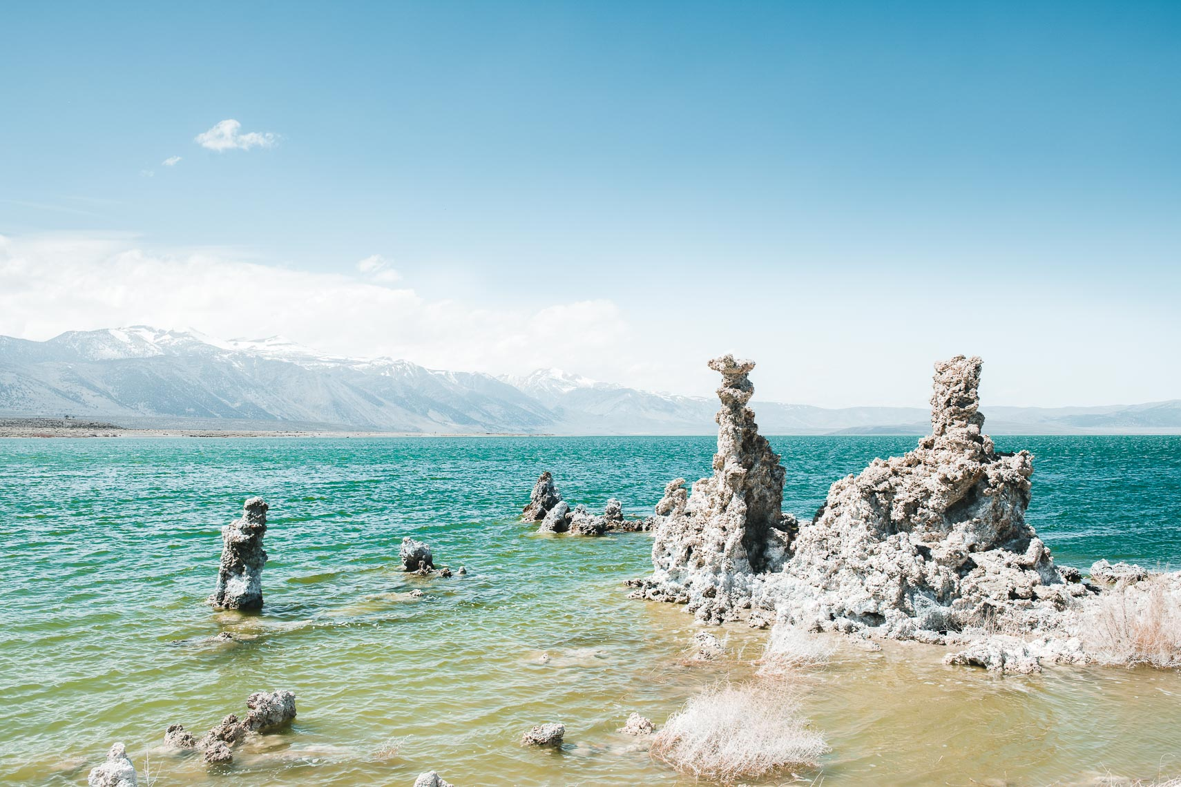 tuffa on mono lake
